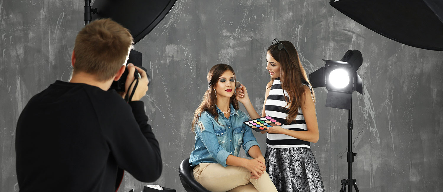 Fashion Model Makeup with Photographer